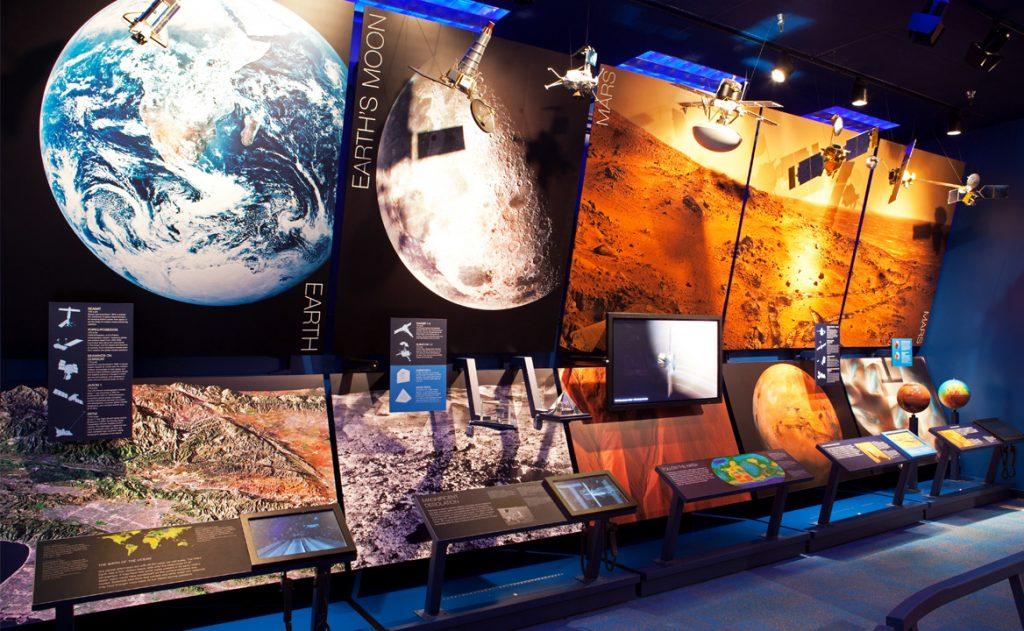 earth mars edit